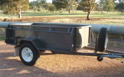 Camping trailer/high sides